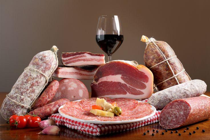 Mortadella, prosciutto, salam italian, sunca impanata cu carne, carnati uscati