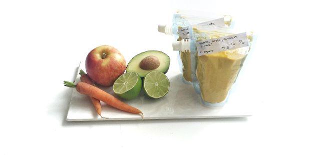 Klämmis med äpple, morot, avokado och lime! Den här klämmisen kokar du snabbt ihop och går utmärkt att frysa! Passar bebis från 6 månader och uppåt!