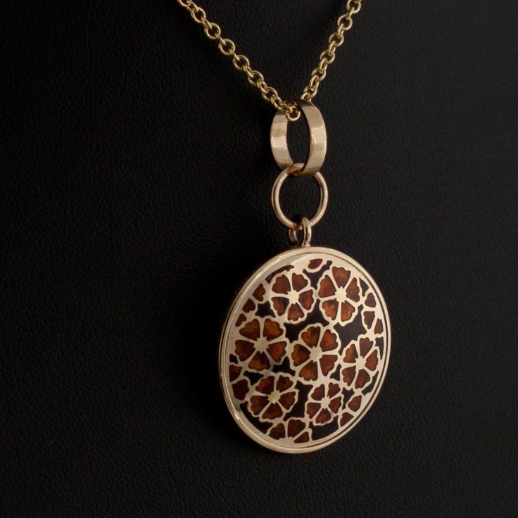 Gold and enamel pendant. Hand made by Geoff Mitchell.