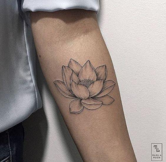 1000 ideas about lotus flower tattoos on pinterest flower tattoos lotus tattoo and tattoos. Black Bedroom Furniture Sets. Home Design Ideas