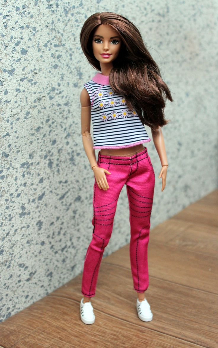 https://flic.kr/p/ARfLkc | Made to Move Barbie Teresa | All fashionista clothes fit this doll and it was such a fun to redress her. She looks cute in anything you put on her :)