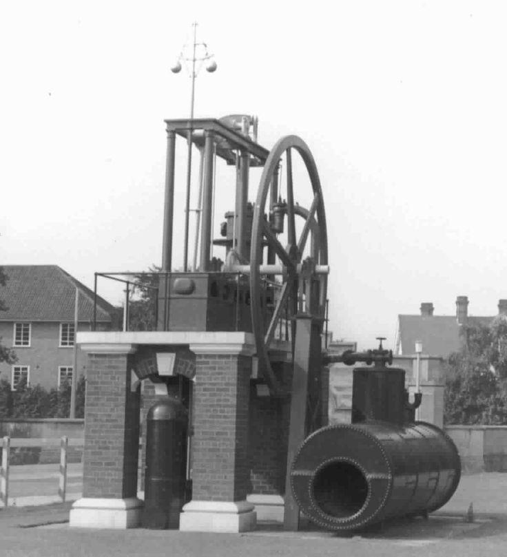 Industrial Revolution - James Watt steam engine ...