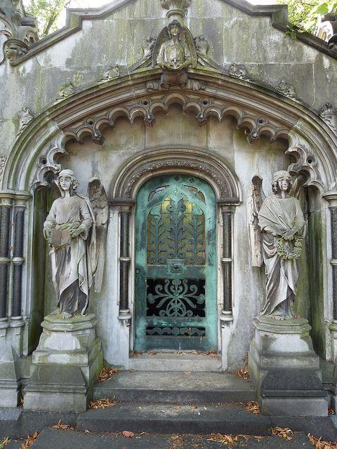 angels guarding vault at Brompton Cemetery, London
