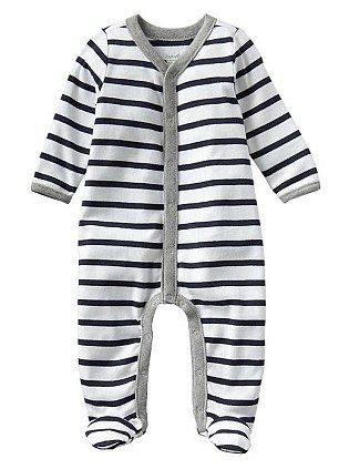 Baby Gap's onesie (baby grow), Kate is said to have purchased this at Baby Gap on March 31, 2014. Info via the Daily Mail's story. The £14.95 baby grow #PrinceGeorge