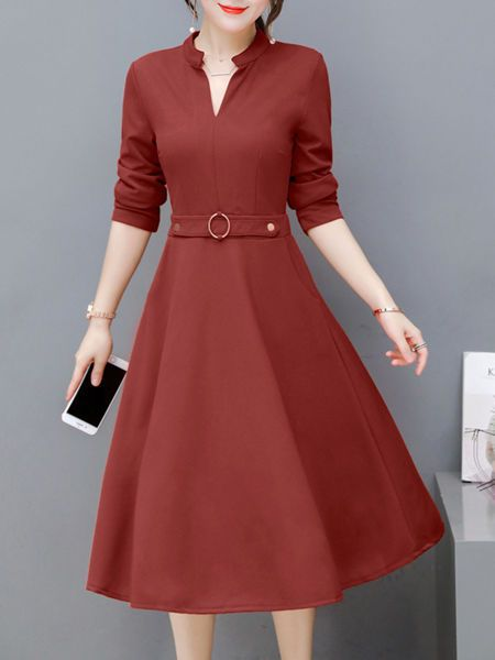 Buy Split Neck Pocket Plain Midi Skater Dress online with cheap prices and discover fashion Skater Dresses at Fashionmia.com.