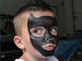 Video Tutorial Esempi Corso Face Painting Trucco Bimbo Make up online Maschera Carnevale Halloween: Esempi Come fare Batman Face Painting foto e video...