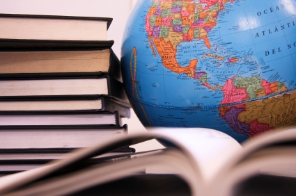 Travel the world with your kids for free! (Why read aloud with your kids and good book lists.): Book Lists, Books Worth, Experienced Professors, Education Supporters, Professors Earn, Good Books, Education Geography, Kid, Language Arts