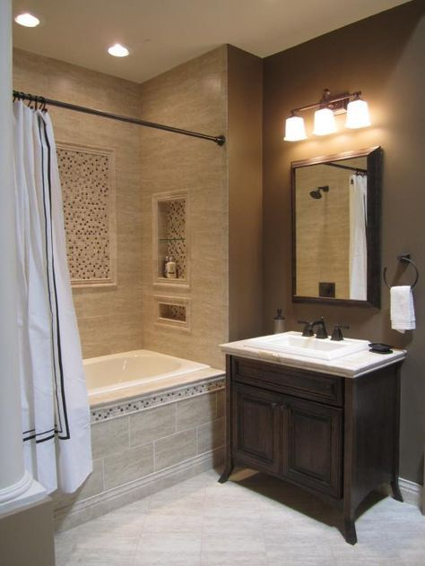 love the alcove in the bath with the inset tile  Jims