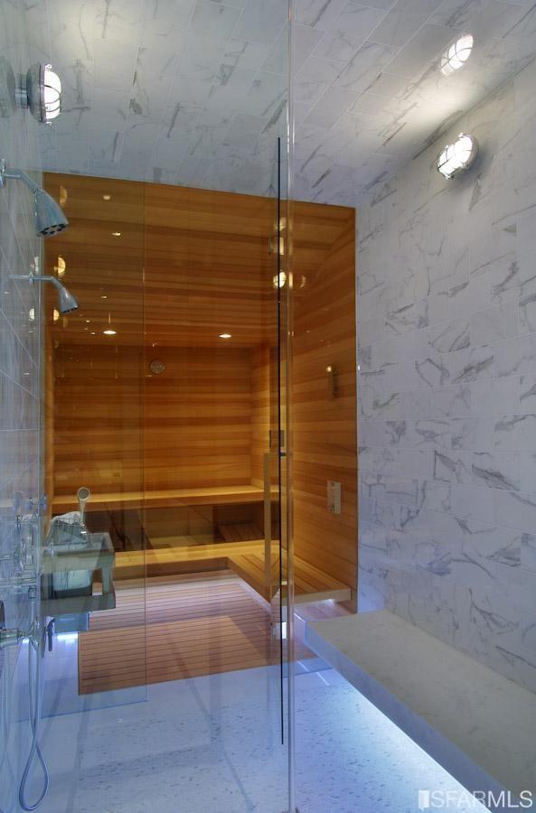 Sauna/Shower - Jackson Street