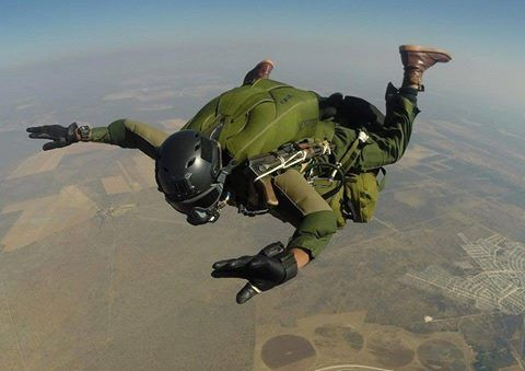 South African RECCES operator during a free fall jump.