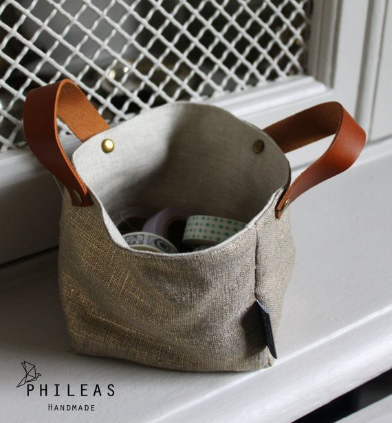 The small Linen Box - box, box basket or storage 100% Golden iridescent linen and linen Sanelin leather handles