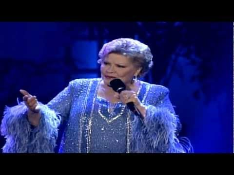 Randomly found this, and it's so great! Patti Page - Tennessee Waltz - YouTube