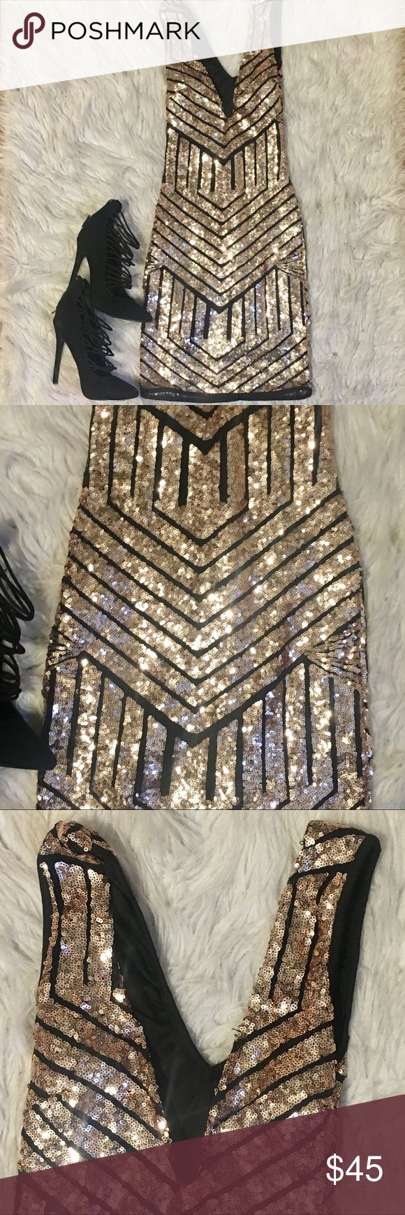 Windsor gold sequence bodycon dress Windsor gold sequence bodycon dress. Never worn. Sleeveless V neck in front with wire to give you a little puch-up. V neck back. Lining inside. Lining 100% cotton. Dress 95% polyester 5% spandex. Size xs Windsor Dresses Mini