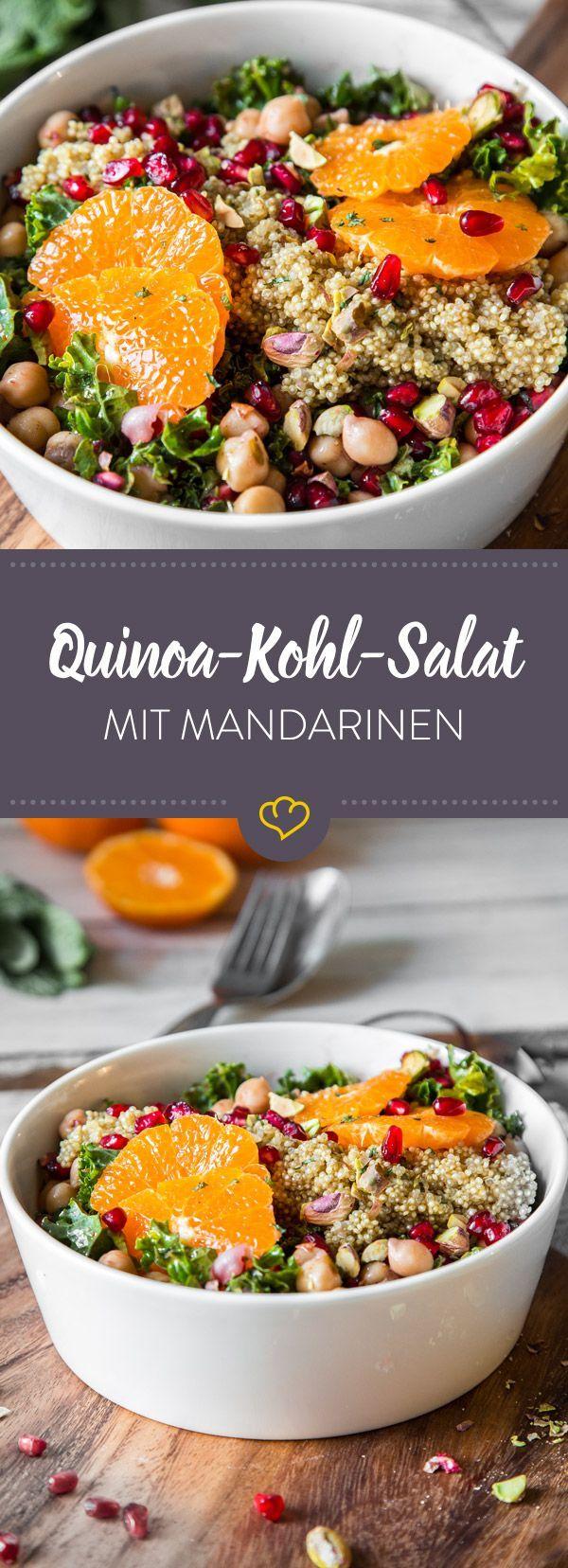 Dieser Salat bringt uns im Frühjahr auf Touren: Quinoa, Kohl und Kichererbsen treffen auf Mandarinen und Granatapfel. Ein wahrer Protein-Vitamin-Cocktail. (delicious snacks low carb)