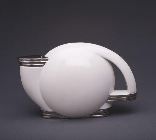 Art Deco Paul Schreckengost Tea Pot, 1938. @designerwallace