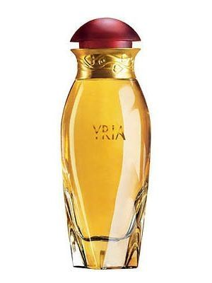 Yria by Yves Rocher is a powdery, woody Floral Fruity fragrance. Top notes are coriander, mandarin orange and bergamot; middle notes are magnolia, gardenia, jasmine, lily-of-the-valley and rose; base notes are sandalwood, tonka bean, amber, patchouli and vanilla. - Fragrantica