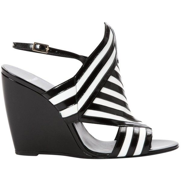 Pre-owned Pierre Hardy Leather Heels ($255) ❤ liked on Polyvore featuring shoes, pumps, black, kohl shoes, pierre hardy, black pumps, pre owned shoes and pierre hardy pumps