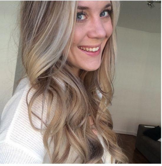 Lotte, mede-oprichter & executive editor van Beautify, vond haar kleur blond te geel ogen. Ze vond het tijd voor een andere kleur en daa…