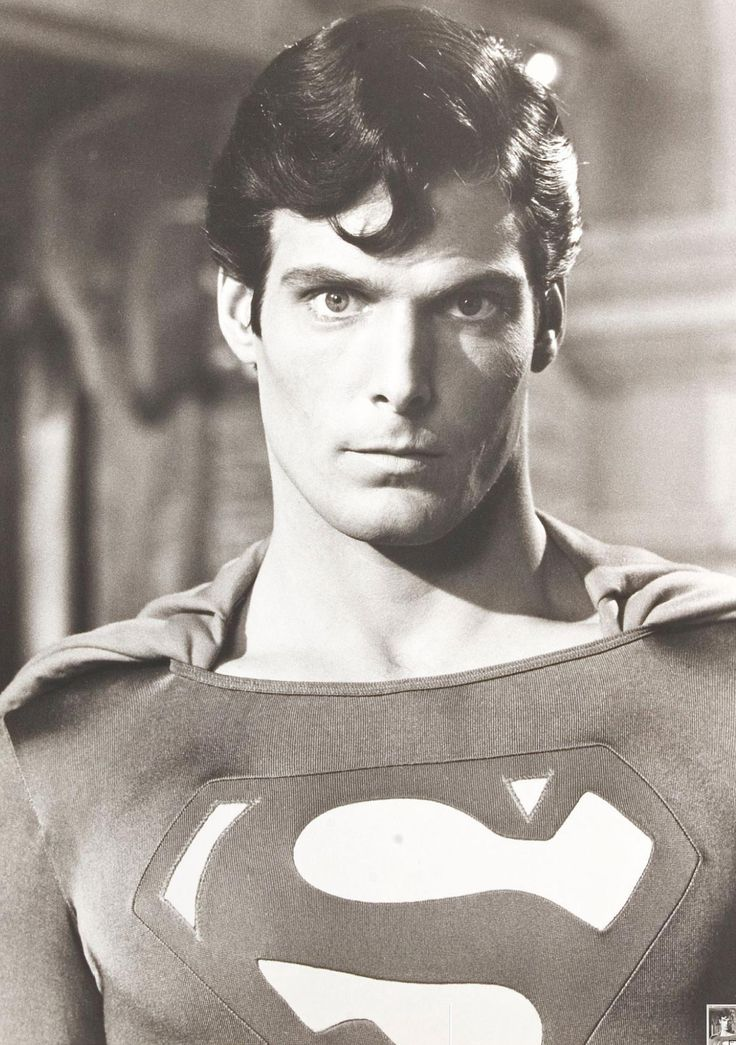 Christopher Reeve as Superman                                                                                                                                                                                 Más