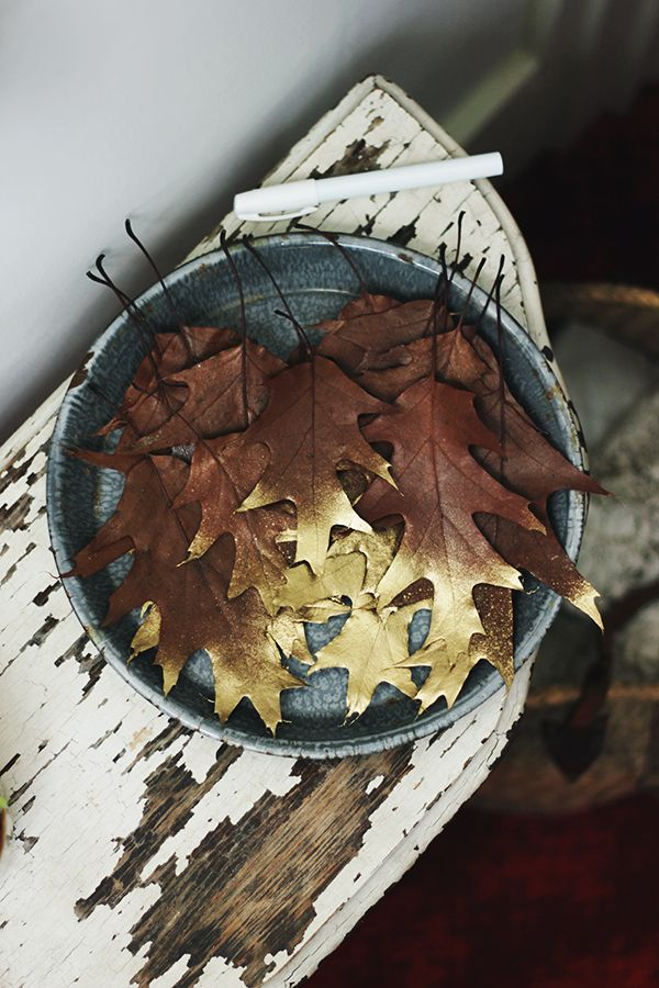 diy | gold dipped leaves