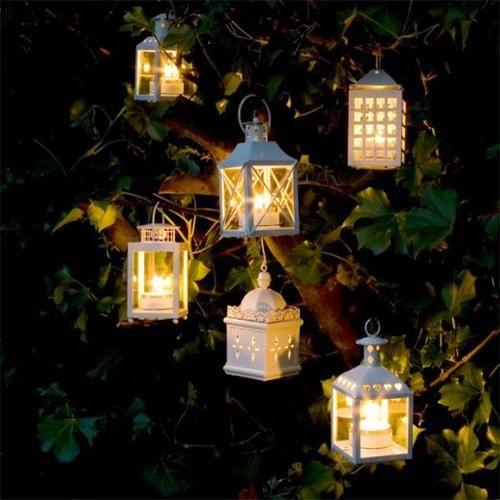 .: Candles Lights, Outdoor Ideas, Gardens Decor, Lanternshang Lights, White Lanterns, Summer Night, Hanging Trees Lanterns, Outdoor Lights, Lanterns Outdoor