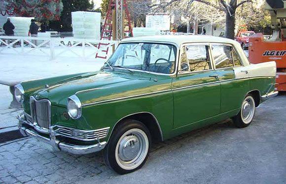 Auto Argentino Siam Di Tella 1500 Fabricado entre 1959 y 1966 Diseño original inglés Riley 4/68 (by Pininfarina)