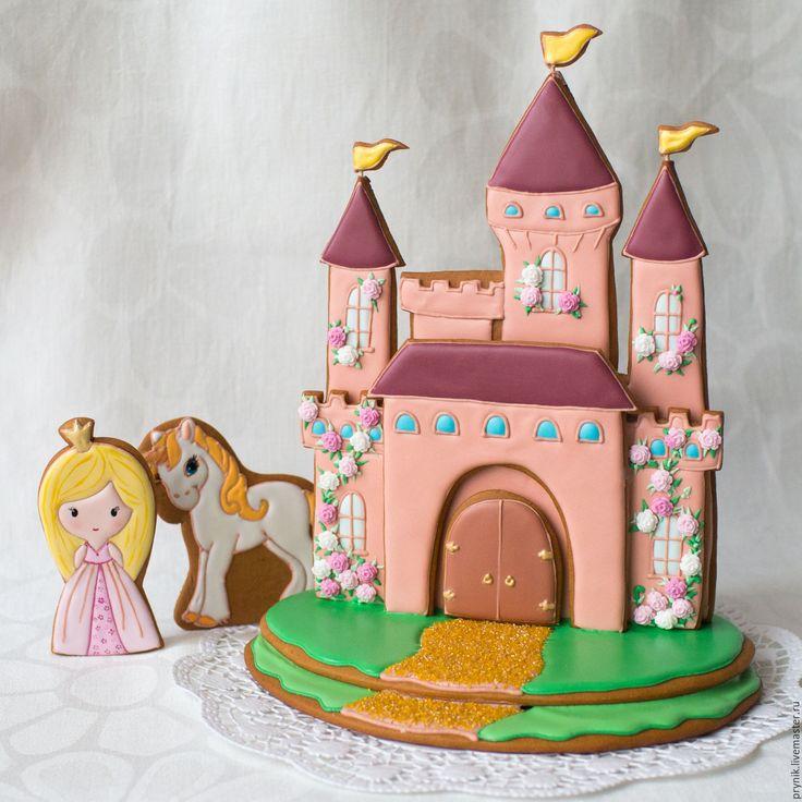 Купить Пряничный замок - замок, принцесса, единорог, пряник, сказочный персонаж, подарок, подарок девочке