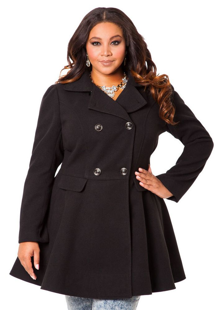 The Curvy Fashionista | 10 Perfectly Polished Plus Size Coats Under $150 | The Curvy Fashionista