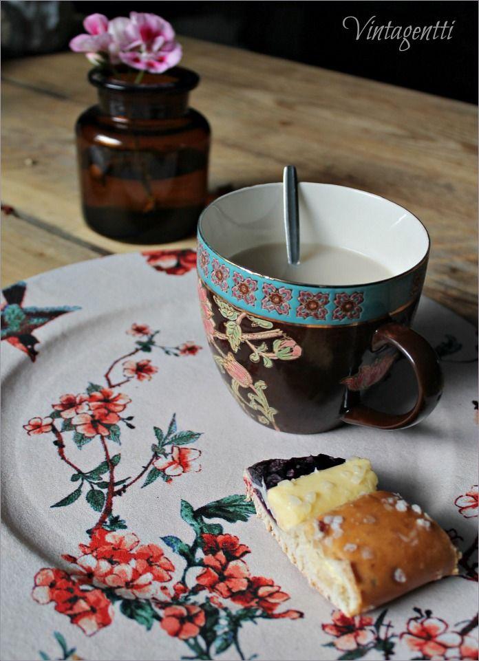 Vintagentti: Teetä diy-tarjottimella