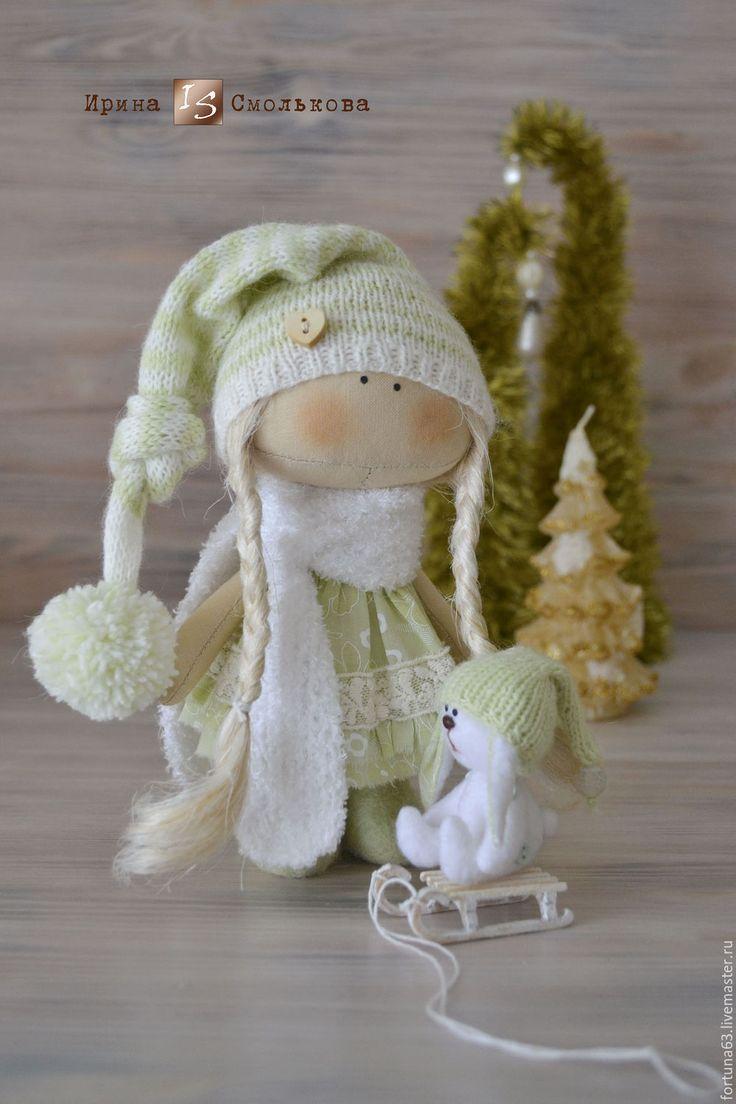 Купить текстильная куколка Зойка с Зайкой - салатовый, кукла текстильная, кукла, кукла интерьерная