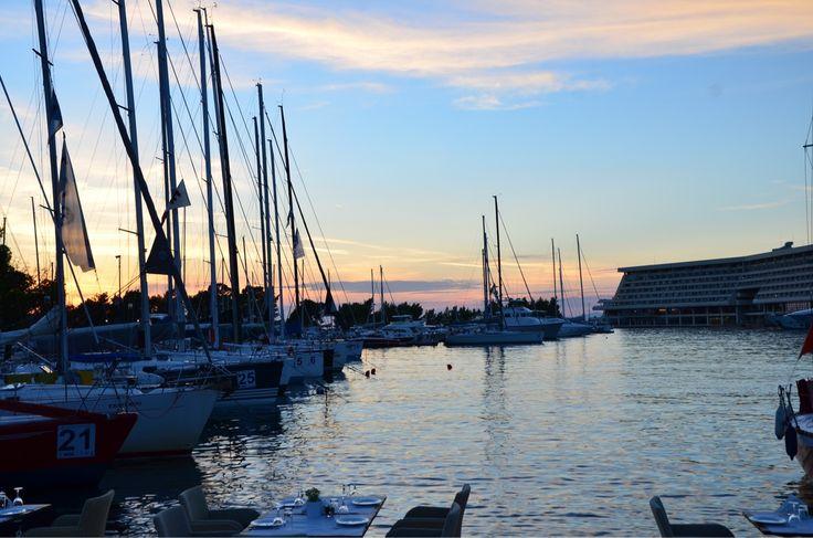 We make sure that you enjoy #sailing every single day at the @portocarras #marina..The marina is open all year round!  #portocarrasmarina #portocarras #sunset #sailing #private #santihalkidikidenexei #visithalkidiki #sithonia #Halkidiki #sundayvibes