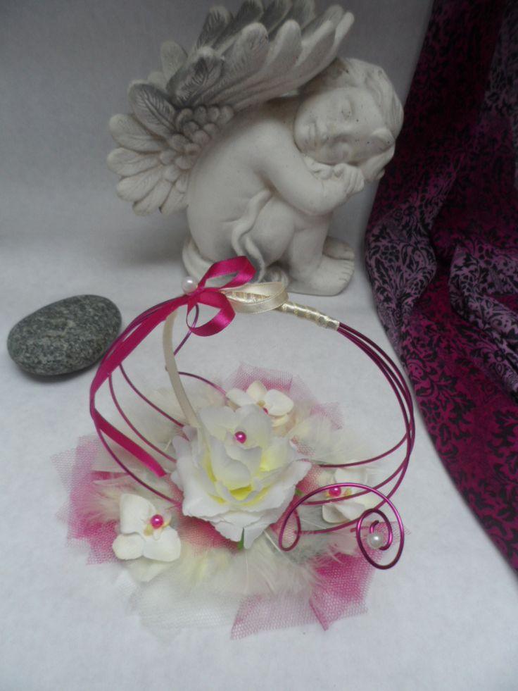 http://www.alittlemarket.com/autres-accessoires/fr_porte_alliances_original_ivoire_et_fuchsia_rose_et_orchidees_-10208237.html