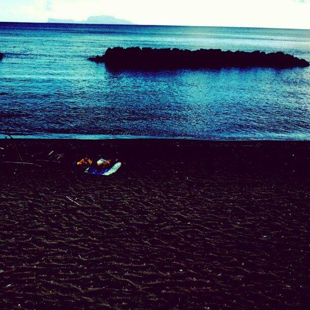 Rilassarsi.....(Spiaggia Chiaia - Procida)