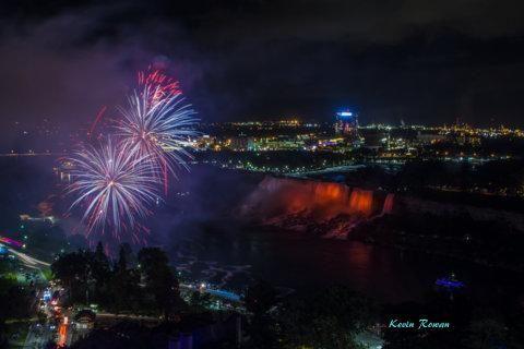 fireworks / Clickasnap