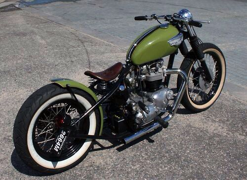 Triumph Bobber https://www.pinterest.com/dapoirier/motorcycles/