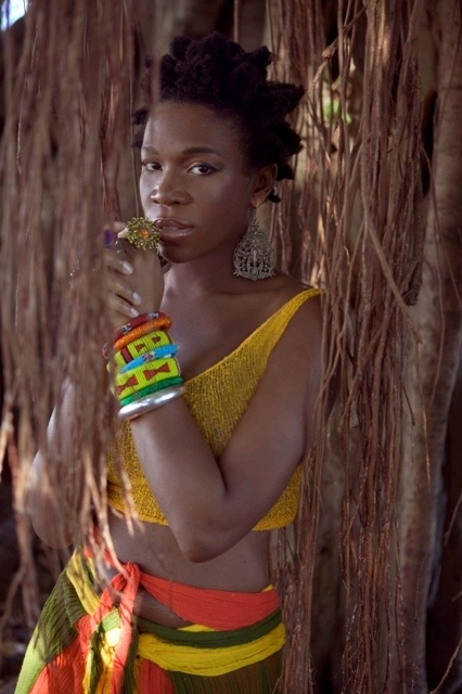 India Arie - daughter, sister, friend & one of the best Neo-soul singer I've heard. She sings truth & life!