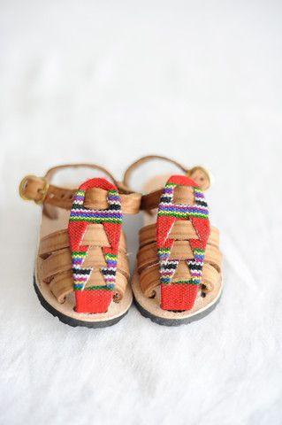 Closed Toe Sandal-Volcan #HumbleHilo $30