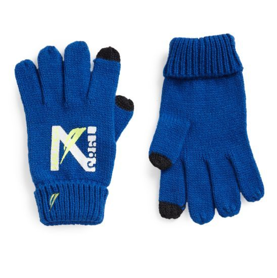 E-Touch Printed Tech Globes: Let them call you from their snow fort with this precious set of gloves, tightly spun to seal in warmth and tipped off with tech-touch technology that allows them to use their phones with ease during any chilly weather adventure! #Nautica