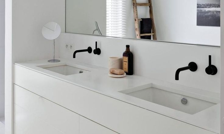 Matte Black Tapware is one of the key bathroom design trends for 2016. See the best products on the market and get tips on how to use black tap ware successfully in your bathroom design.