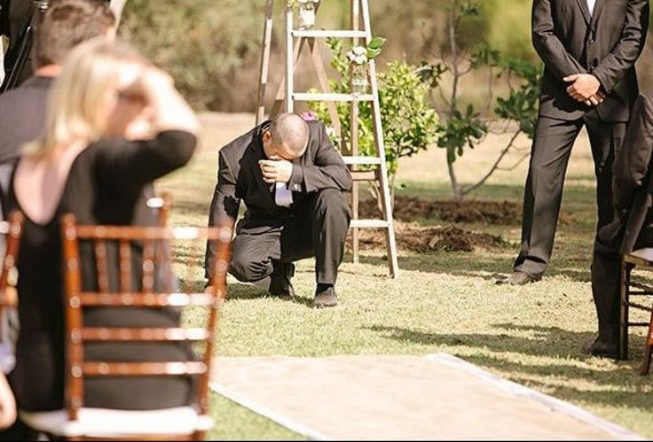 Grooms' Reaction to Seeing Their Brides - aww can't wait!!