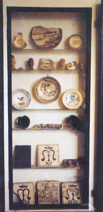 Casa Varoli: dettagli dell'allestimento in una fotografia scattata tra gli anni '60 e '70