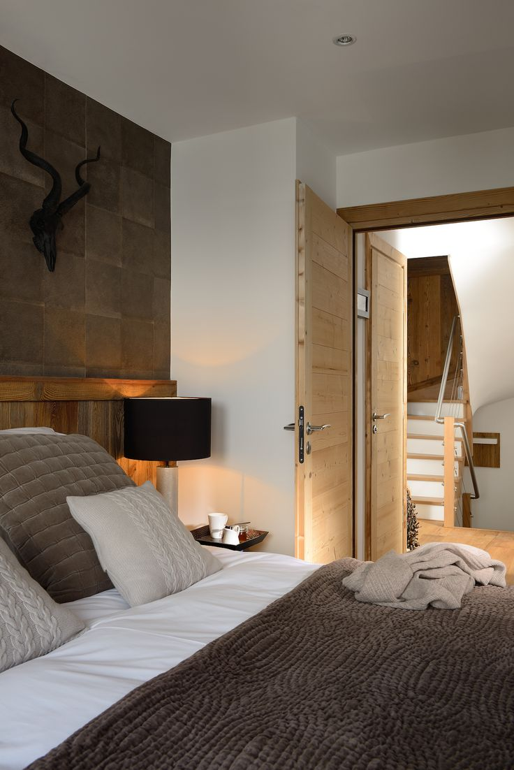 Chamois Lodge - Boutique Mountain Retreat - cosy bedroom 2