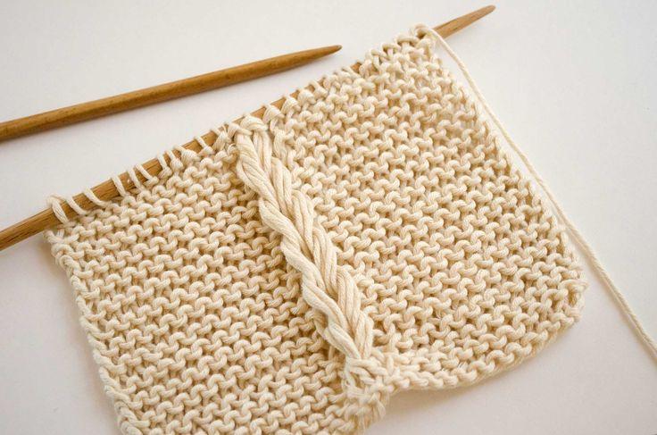 Lorsque nous tricotons avec deux aiguilles, nous pouvons introduire des tresses dans notre projet pour lui donner une touche différente, il y a mille modèles possibles et plusieurs façons de les faire. Tout le monde, quel que soit son niveau, peut les faire : des débutantes jusqu'aux expertes. C'est un élément qui peut inspirer de la …
