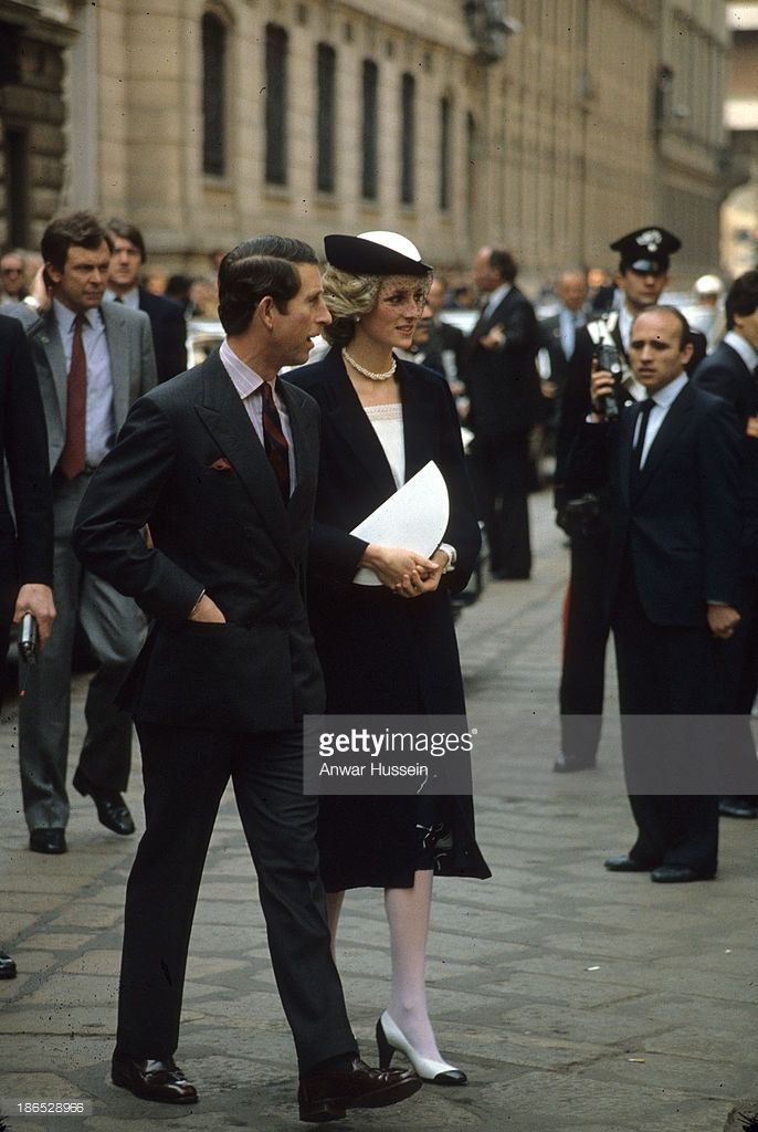 *CHARLES & DIANA Prince and Princess of Wales tour Italy on May 01, 1985 in Italy .