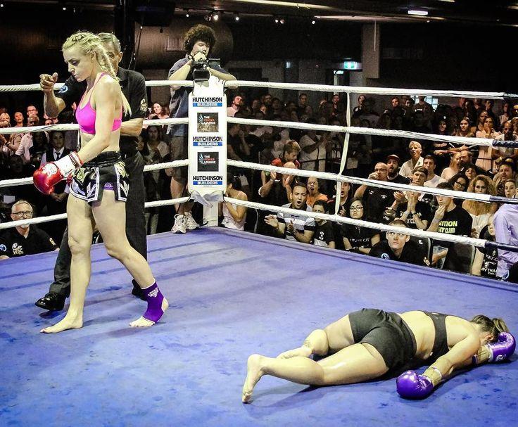 Girl Fights Ko
