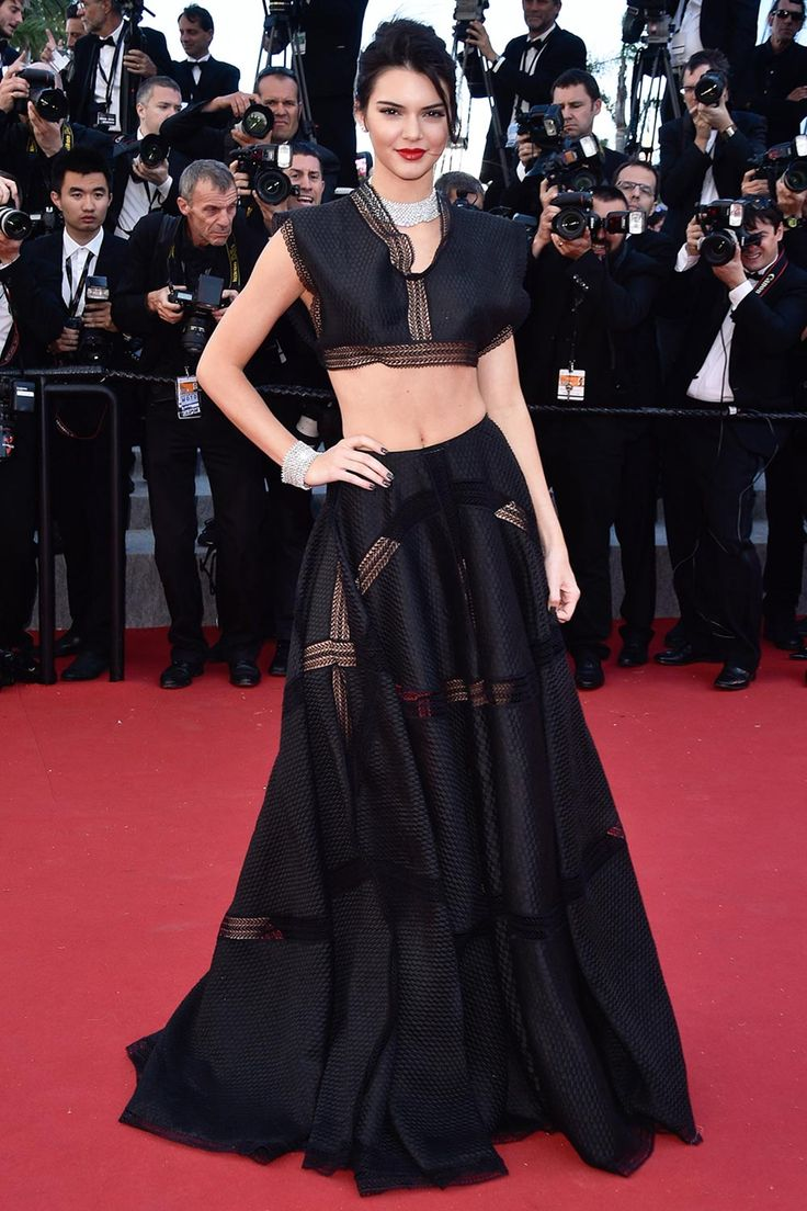 marvelous kendall jenner outfits red carpet 15