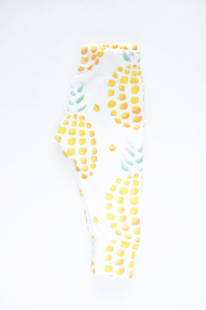 Sweet Pineapple for the summer time. Check out our stretchy lightweight leggings.