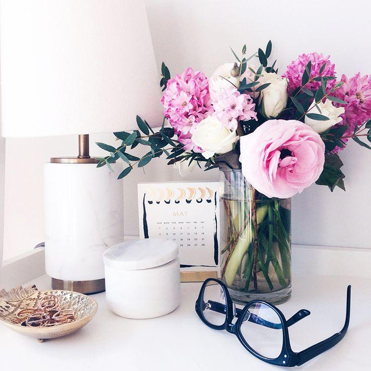 Super 17 Best Ideas About Desk Decorations On Pinterest Decor Room Largest Home Design Picture Inspirations Pitcheantrous