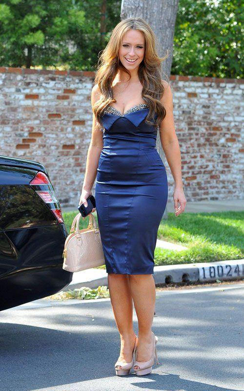 Jennifer Love Hewitt   Celebrity-gossip.netHewitt Style, Bags Photographers, Manalay Purses, Celeb Style, Blue Dresses, Louisvuitton Handbags, Louis Vuitton Handbags, Jennifer Love Hewitt, Hewitt Blue