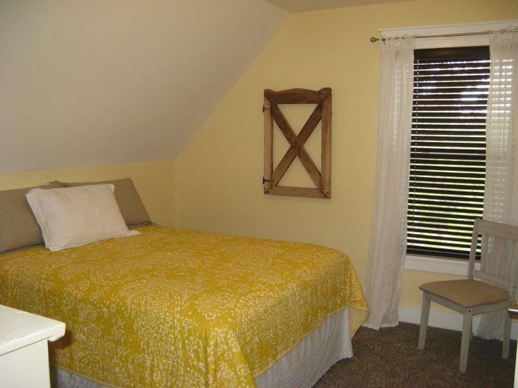 Yellow Bedroom Sherwin Williams Lemon Chiffon Sw 6686